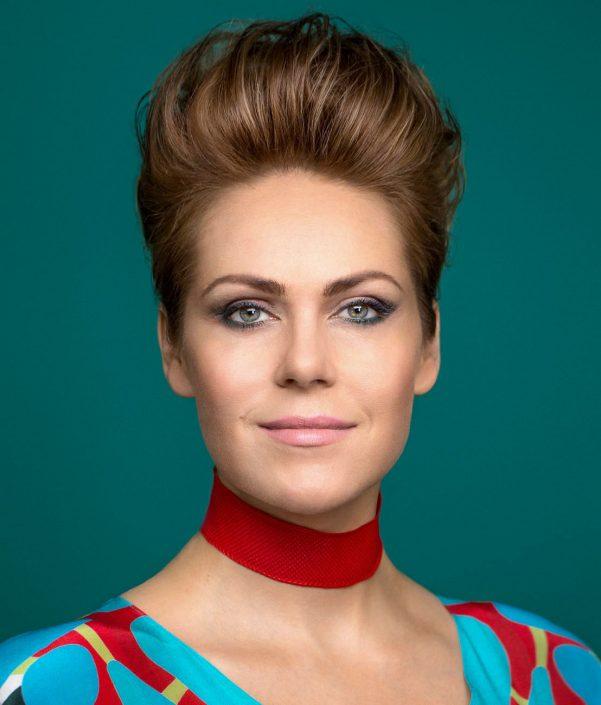 portrait of Kristine Opolais for magazine cover Festspielhaus Baden-Baden, retouching by tobias winkler bildbearbeitung muenchen